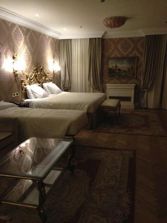 Junior Suite bedroom Hotel ai Reali